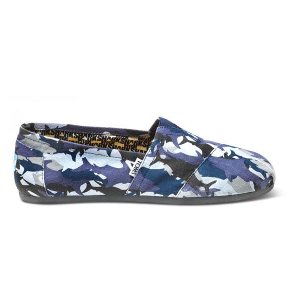 Toms Discovery Shark Camo Men Classics Outlet Coupons