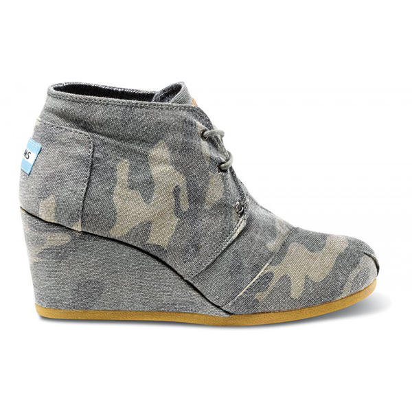 Toms Washed Camo Canvas Women Desert Wedges Outlet Coupons